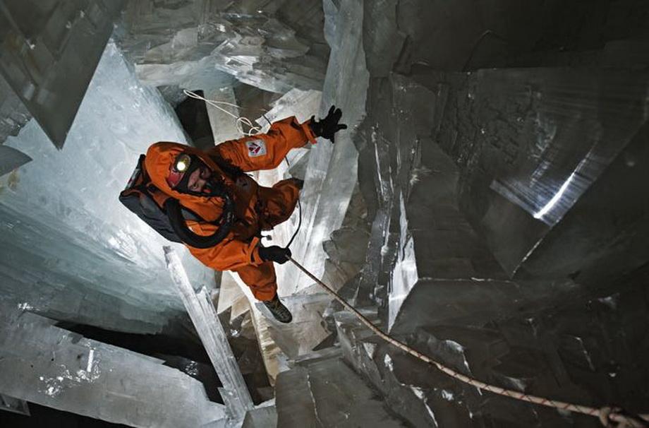 0 33520  Пещера гигантских кристаллов