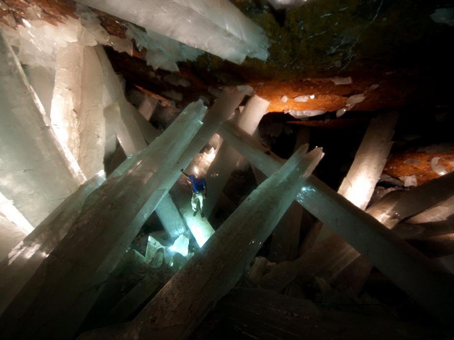 0 33525  Пещера гигантских кристаллов