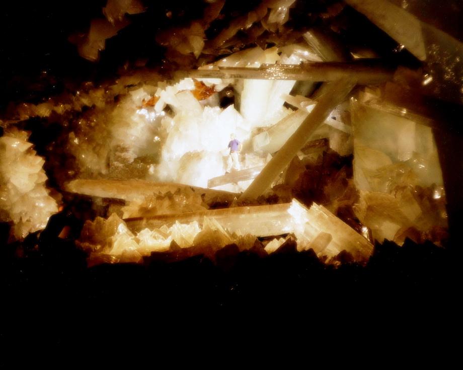 0 33530  Пещера гигантских кристаллов