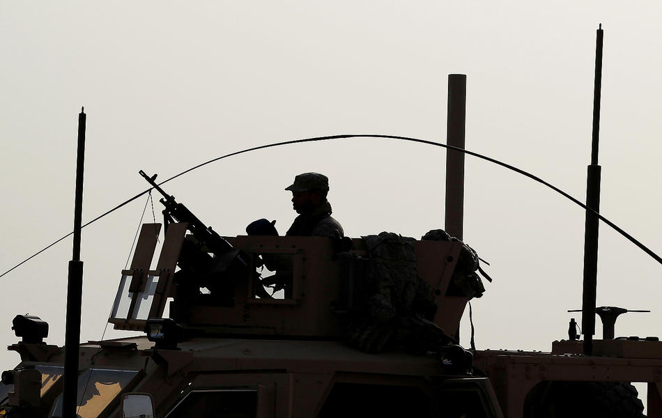 Поиск самодельных взрывных устройств в Афганистане