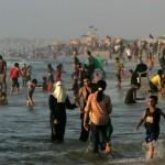 Палестинцы на пляже в Секторе Газа