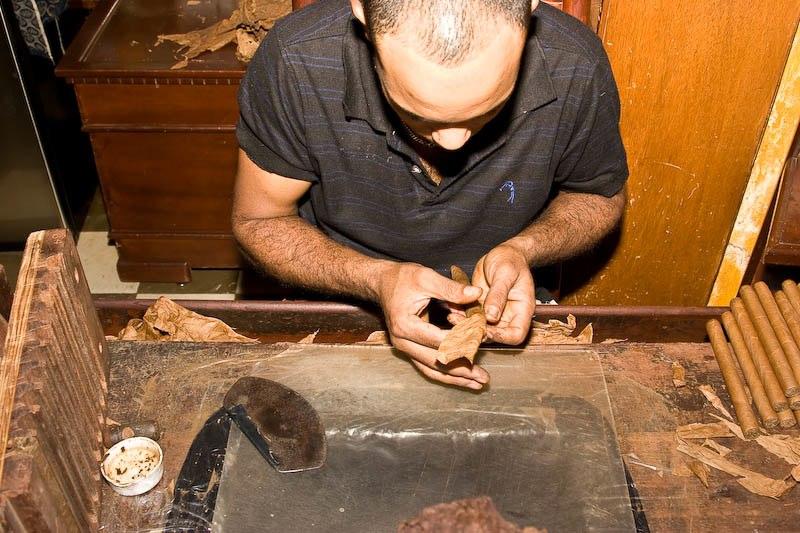 2032 Доминикана: как делают сигары