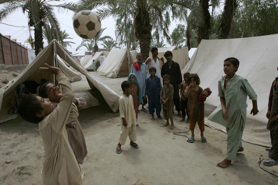 Наводнение в Пакистане - дети