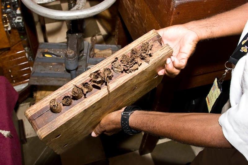 3016 Доминикана: как делают сигары