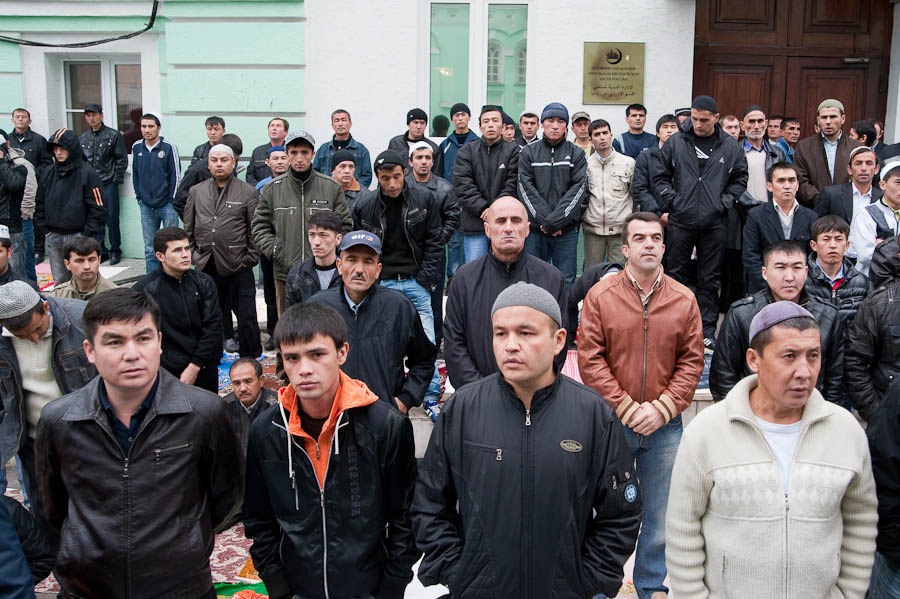 1326 Ураза байрам в Москве