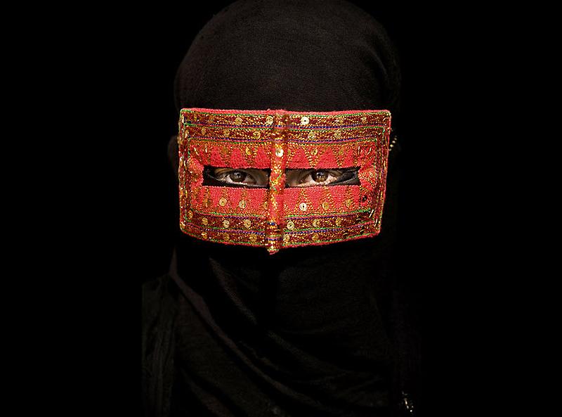 masks05 Традиционные маски у иранских женщин
