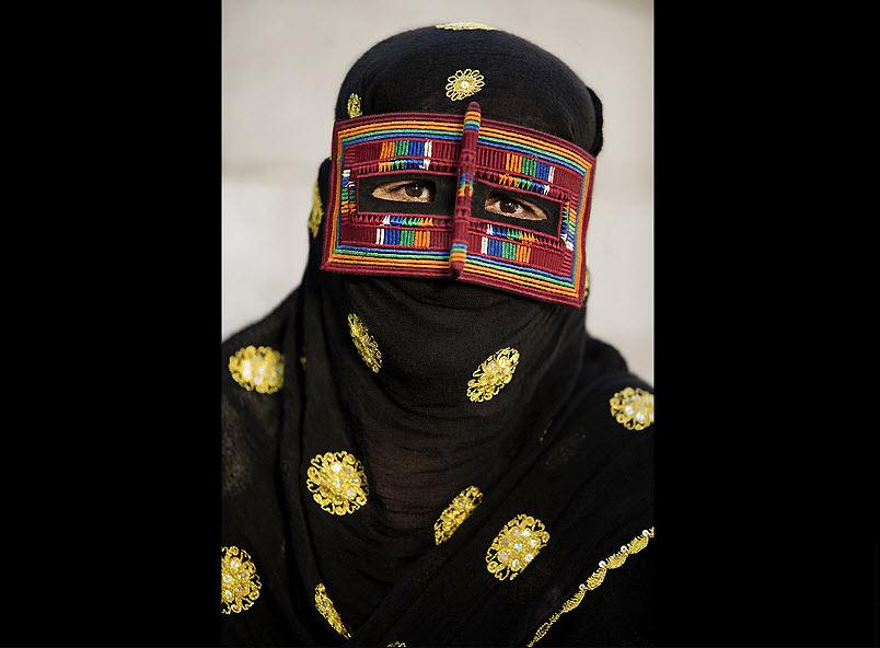 masks07 Традиционные маски у иранских женщин