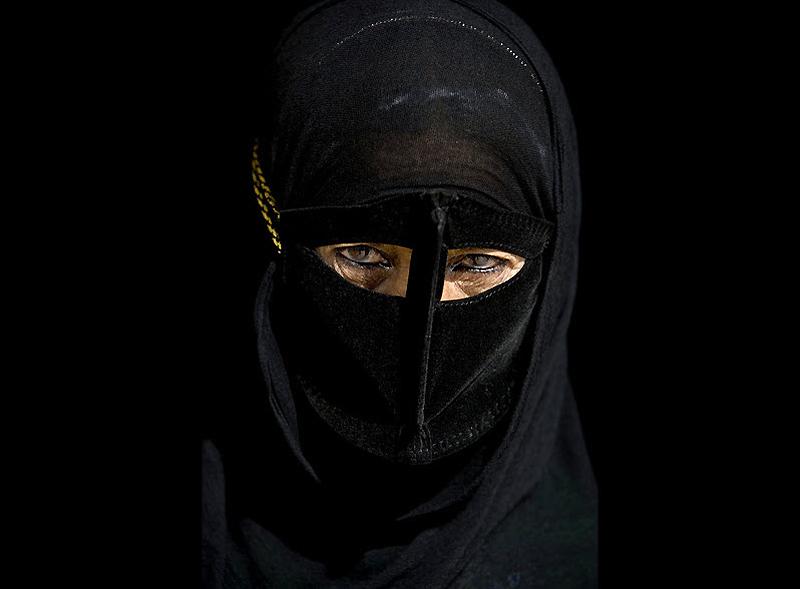 masks09 Традиционные маски у иранских женщин