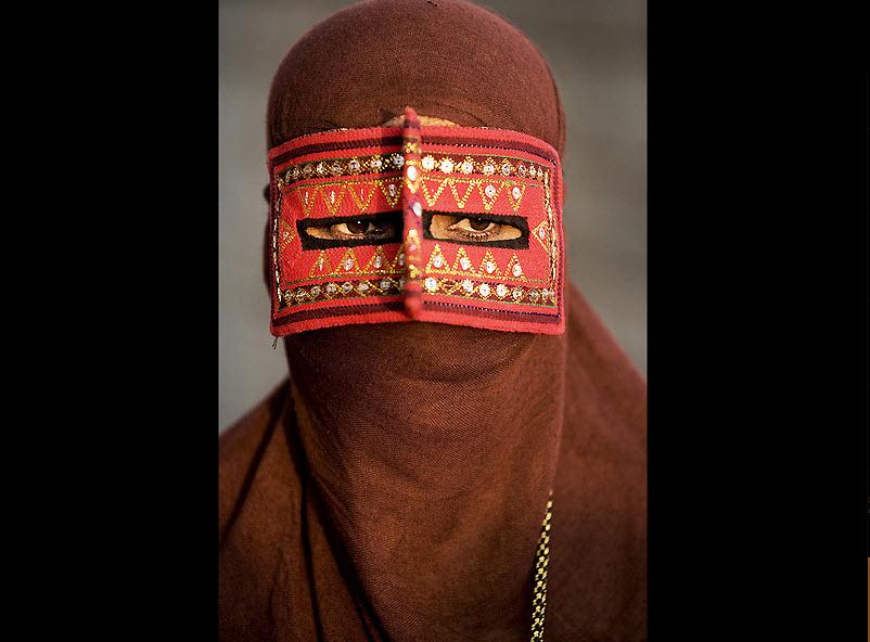 masks12 Традиционные маски у иранских женщин