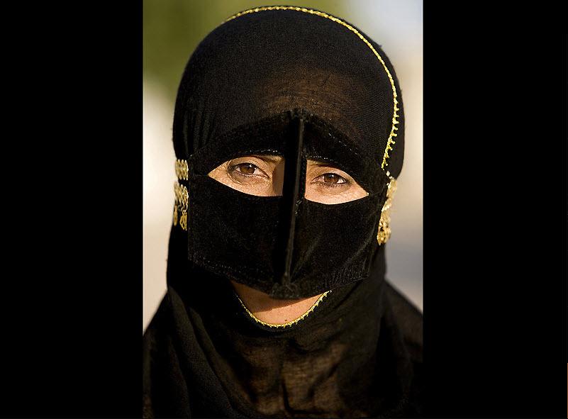 masks14 Традиционные маски у иранских женщин
