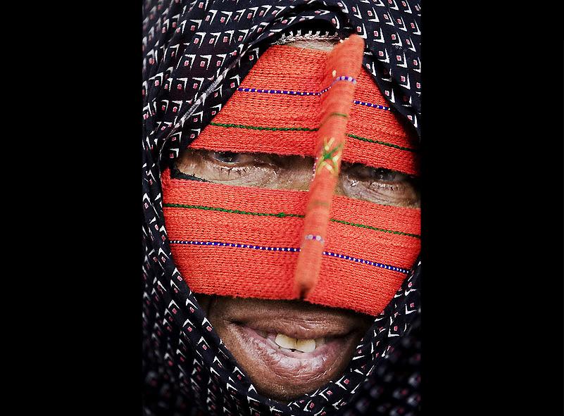 masks16 Традиционные маски у иранских женщин