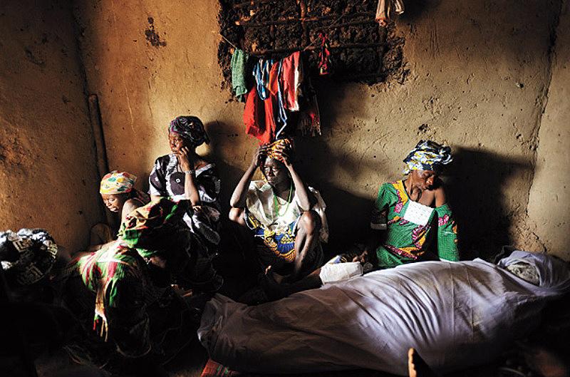 Cara kematian ibu 12 wanita dari kehamilan sampai mati