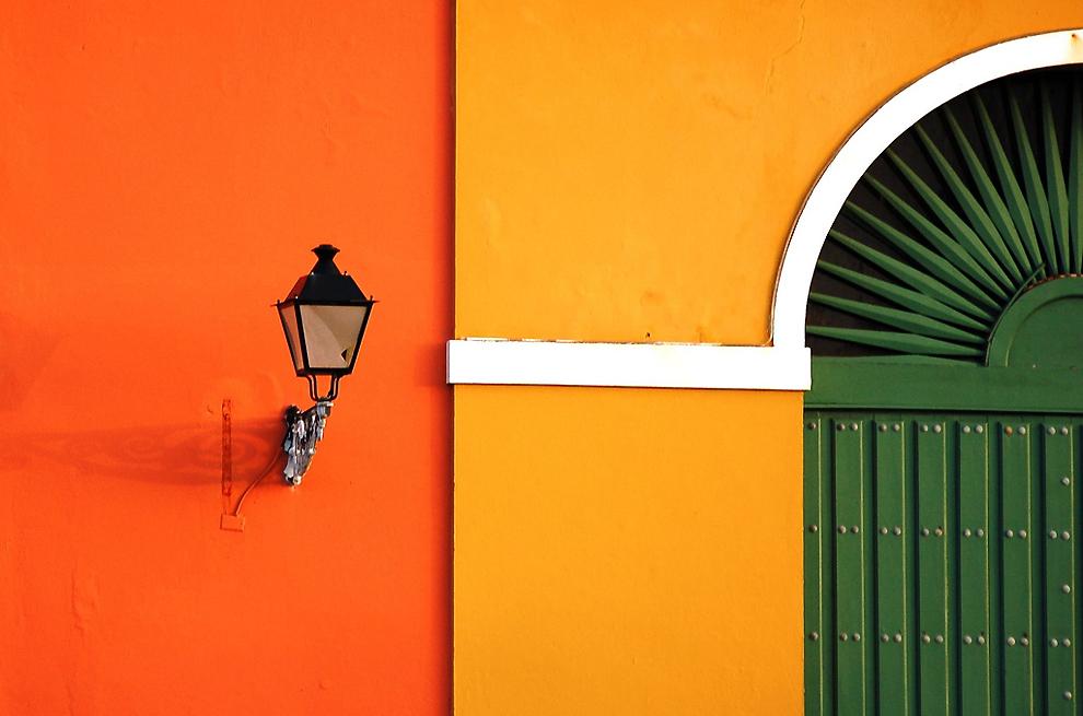 0546 Красочные здания