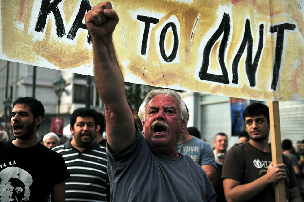 Протесты по всей Европе