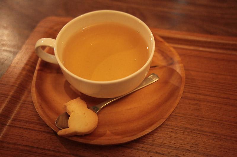2716 Кото кафе в Осаке