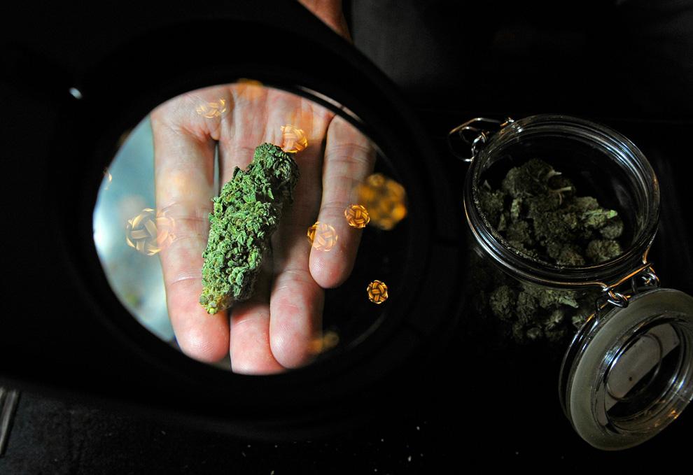 Как можно употреблять марихуану песня мама ма марихуана