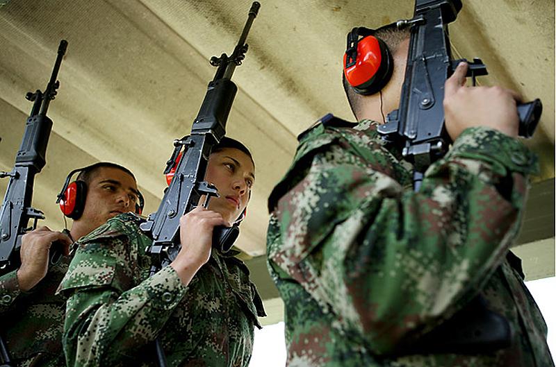 women soldiers 08 Женщины военные