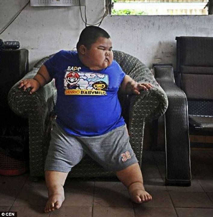 xiaohao 003 3 летний китаец весит 60 кило