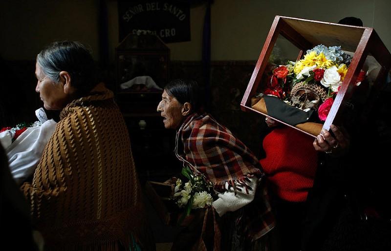 0313 800x514 Освящение черепов в Боливии