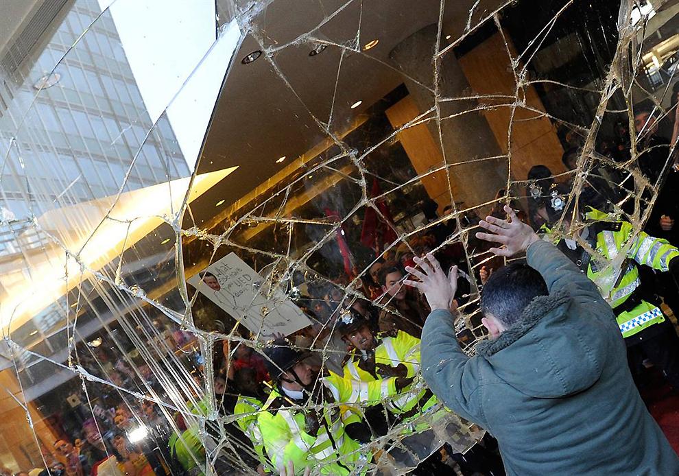 0719 Студенческие протесты в Лондоне