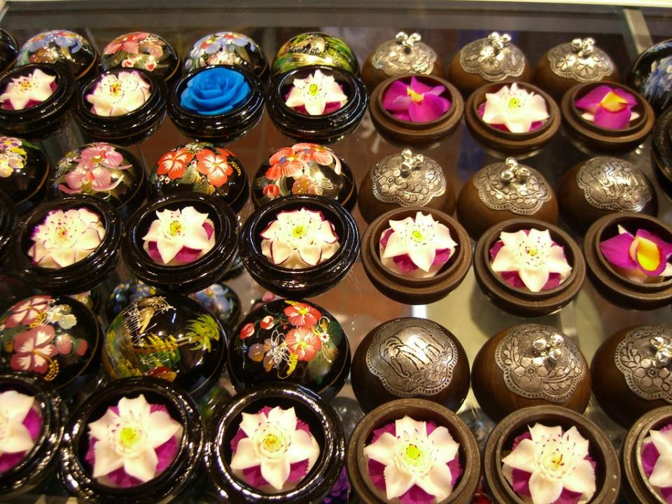08161000 Мыльные цветы