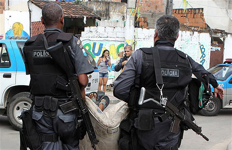 11123 Операция по зачистке трущоб Рио от наркоторговцев