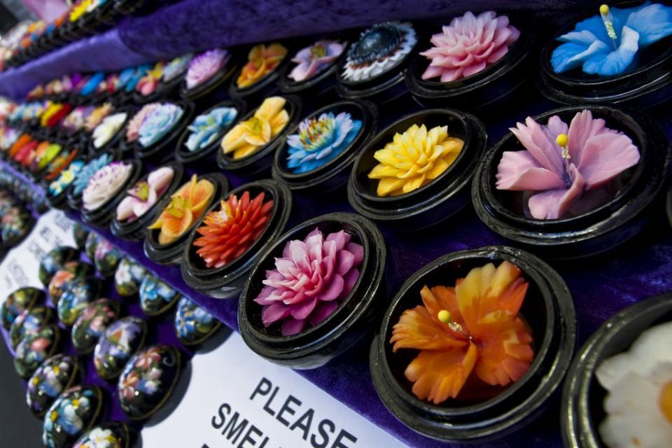11164000 Мыльные цветы