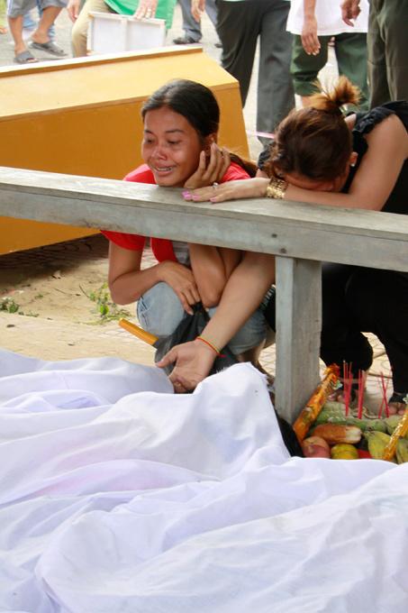 1279 Трагедия на водном фестивале в Камбодже