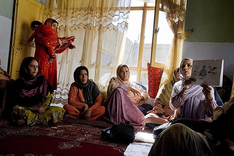 CARE in Afghanistan 010 Охрана материнства и детства в Афганистане