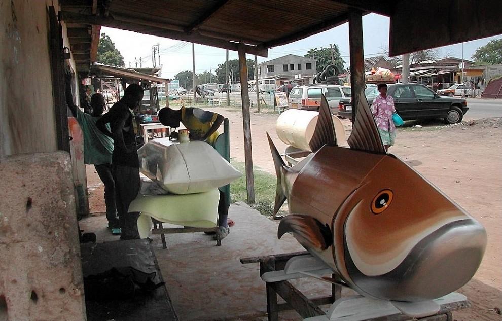 coffin6 990x633 Необыкновенные гробы из Ганы