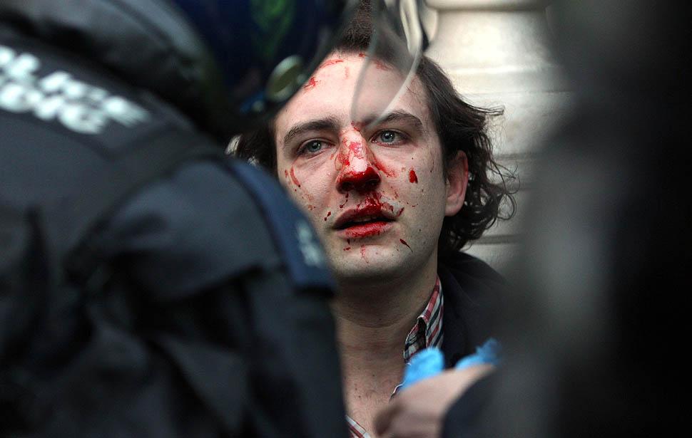 london protest08 Студенческие беспорядки в Лондоне продолжаются