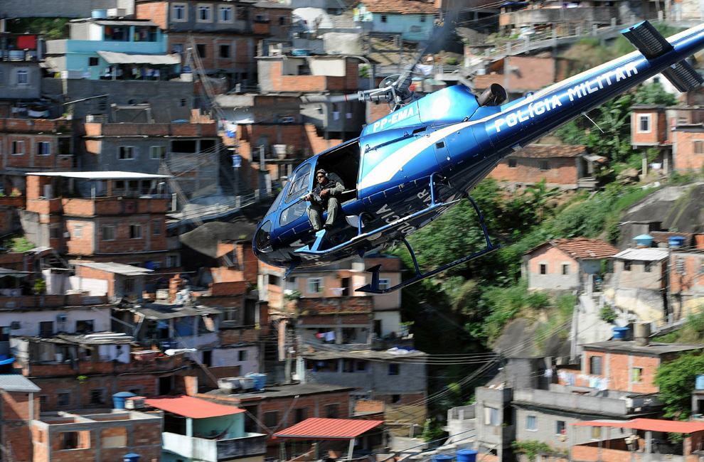 r27 2613 Нарковойна в Рио