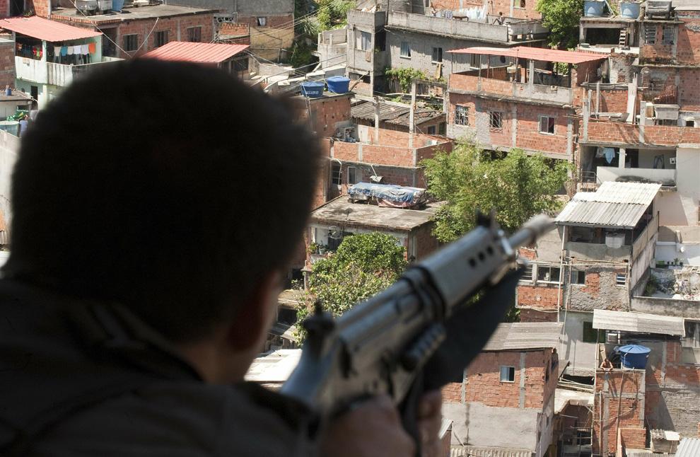 r37 2613 Нарковойна в Рио