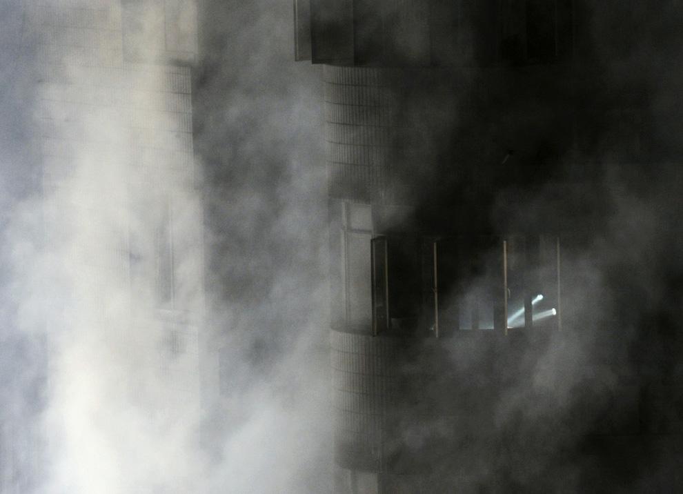 s14 2595 Пожар в шанхайском жилом доме