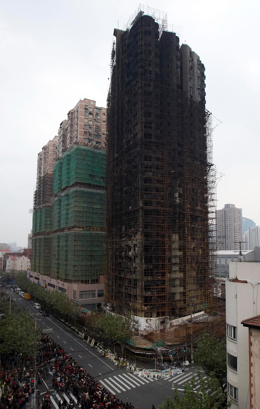 s19 2598 Пожар в шанхайском жилом доме