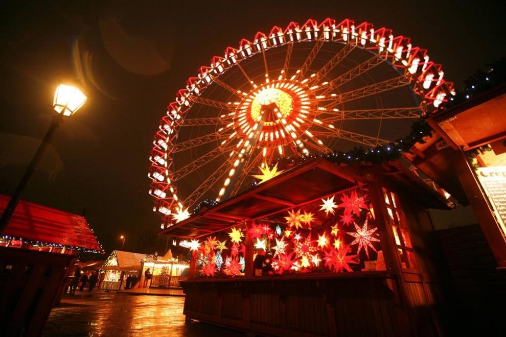 0929 990x660 Рождественские огни в разных странах мира
