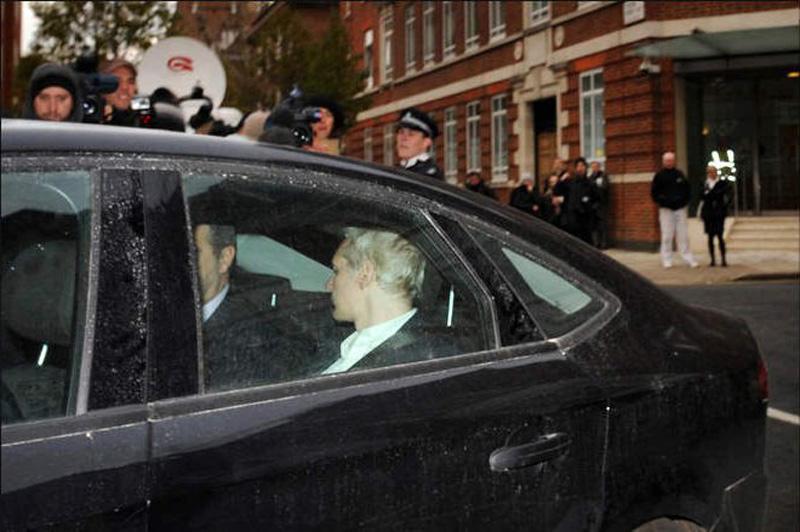 0931 27 fakta tentang Wikileaks dan pendirinya, Julian Assange