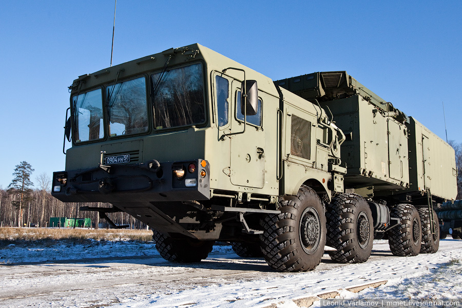 Зенитная ракетная система большой и средней дальности Триумф С-400