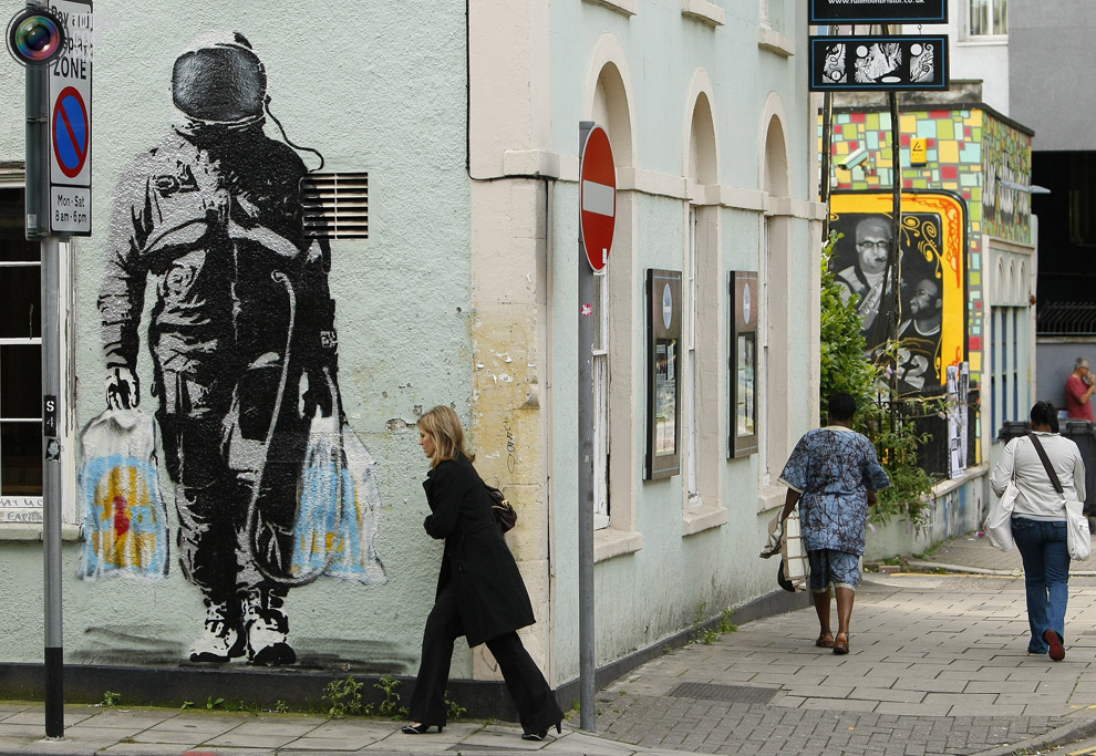 http://bigpicture.ru/wp-content/uploads/2010/12/1943.jpg