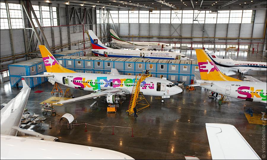 3011 Как обслуживают и ремонтируют самолеты