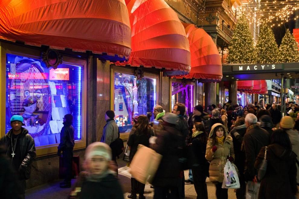 327 990x660 Рождественские витрины магазинов Нью Йорка