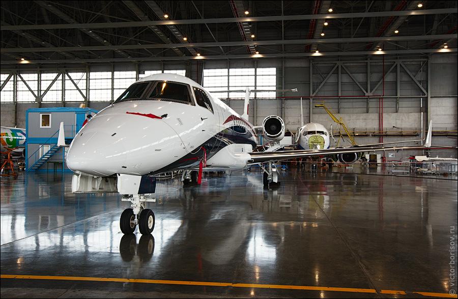 3413 Как обслуживают и ремонтируют самолеты