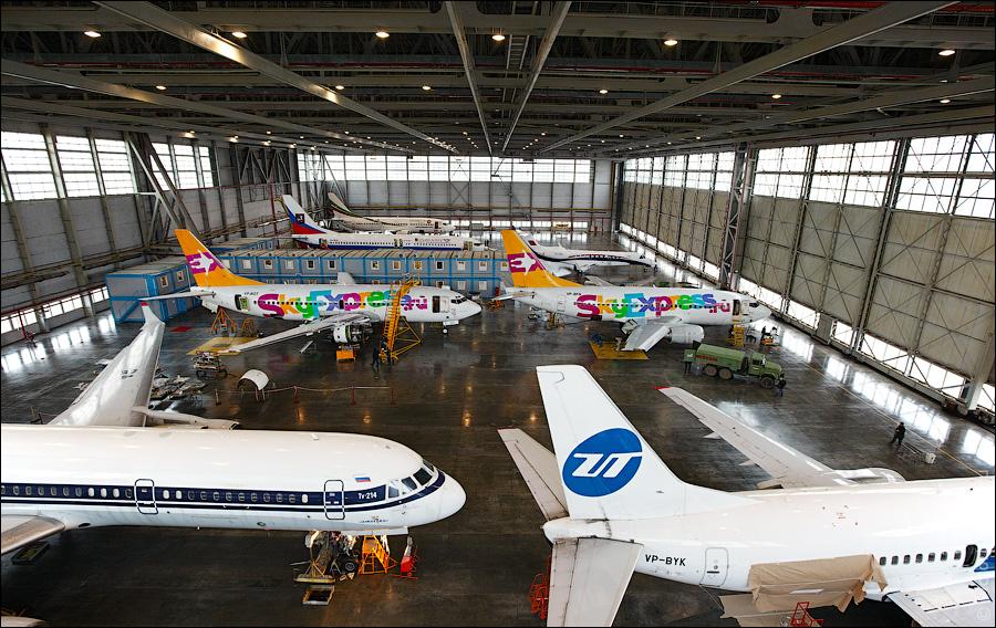 406 Как обслуживают и ремонтируют самолеты