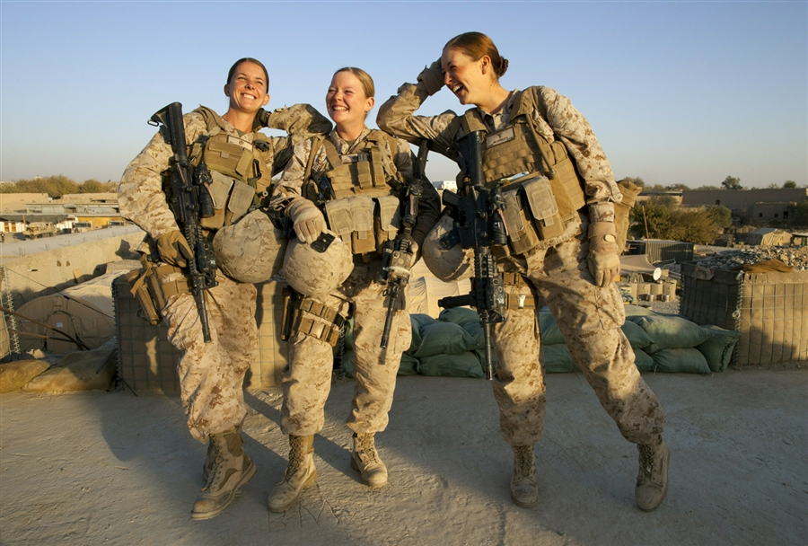 women should be allowed to take on combat roles in the military