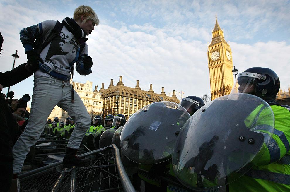l01 2626 Студенческие акции протеста в Лондоне