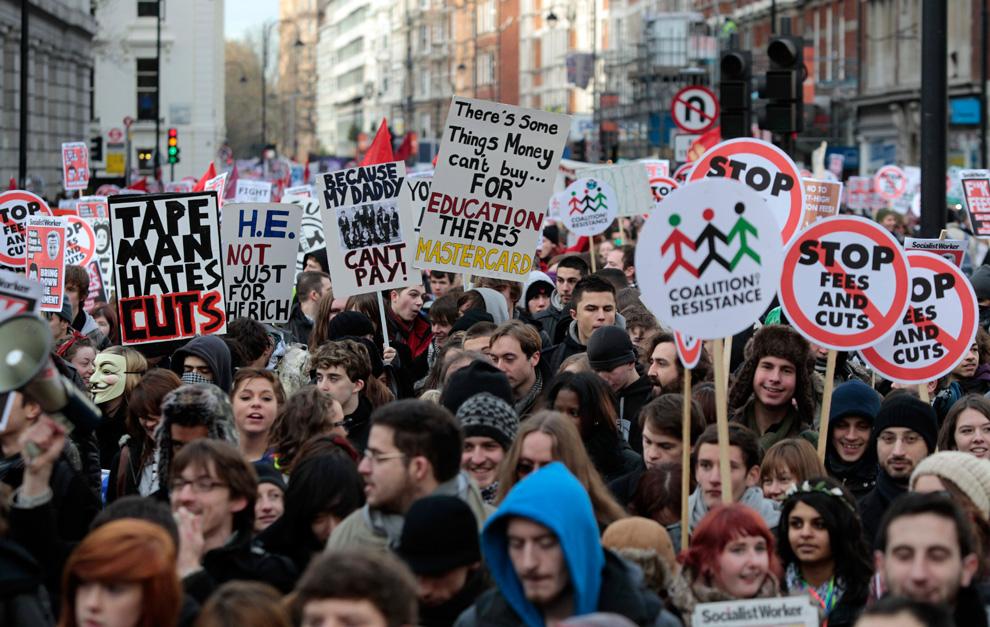 l04 2626 Студенческие акции протеста в Лондоне