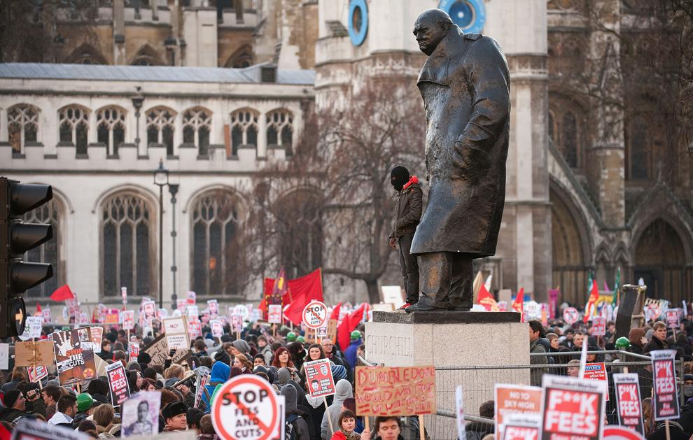 l05 2626 Студенческие акции протеста в Лондоне