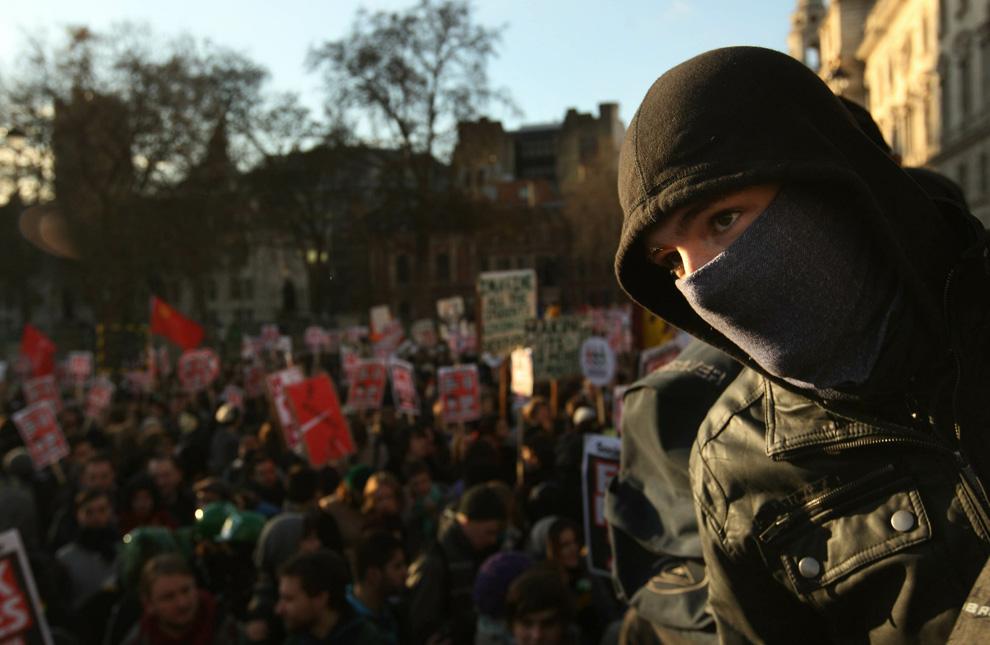 l06 2626 Студенческие акции протеста в Лондоне