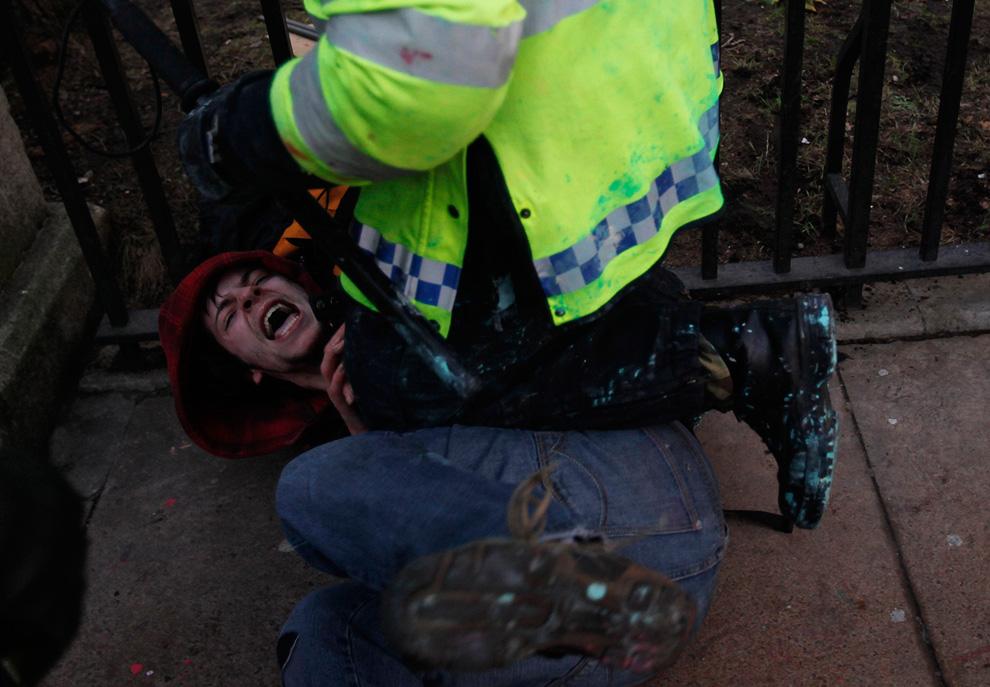 l11 2626 Студенческие акции протеста в Лондоне