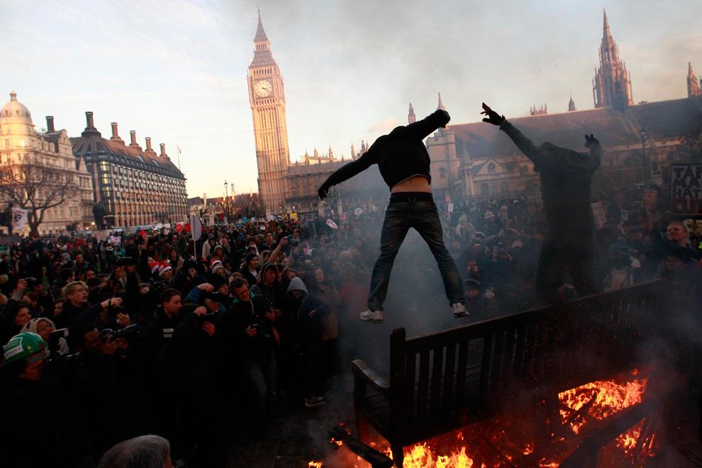 l21 2626 Студенческие акции протеста в Лондоне